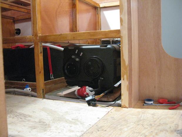 impianto di riscaldamento e produzione acqua calda stepsover. Black Bedroom Furniture Sets. Home Design Ideas