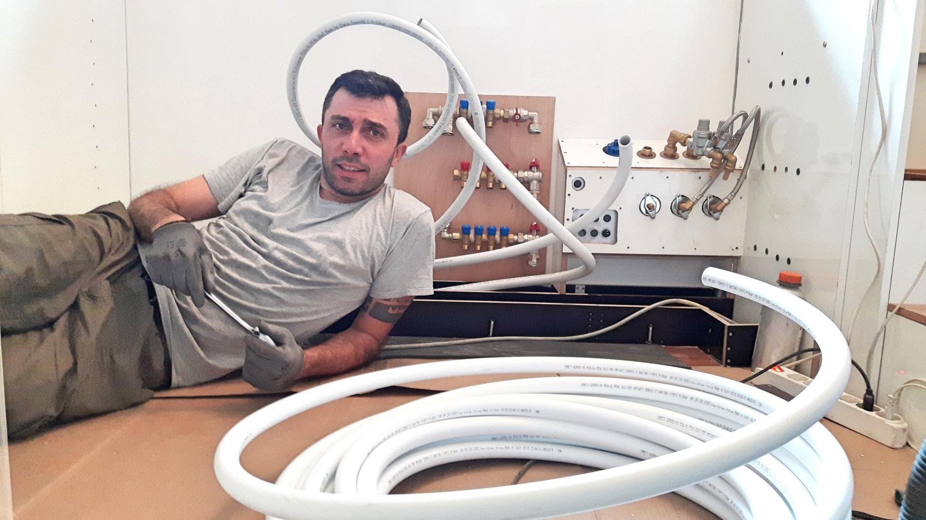 Impianto idraulico stepsover for Quali tubi utilizzare per l impianto idraulico