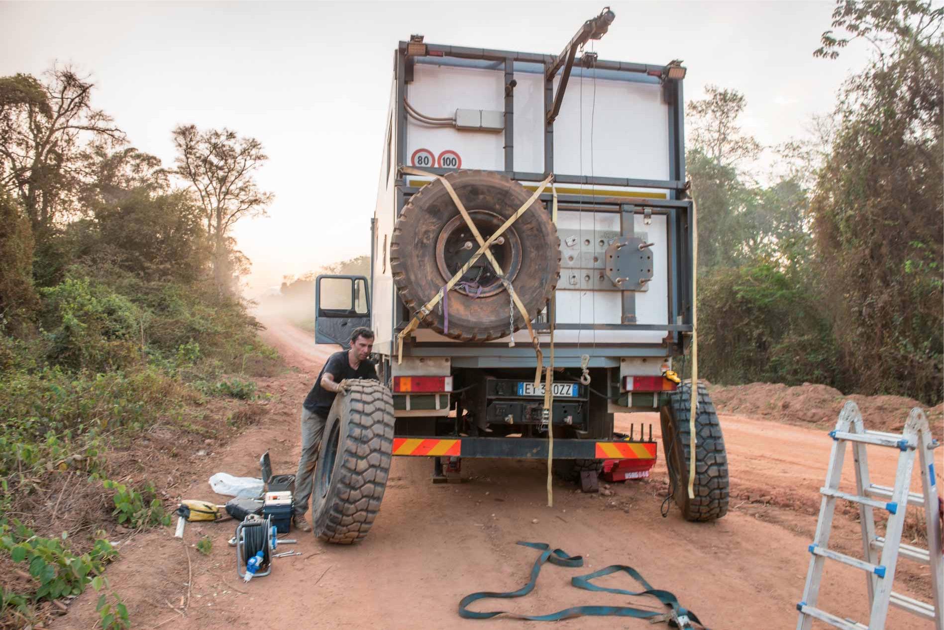 gomma pirelli per camion overland